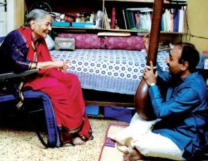 Vijay Siva learns from D.K. Pattammal.
