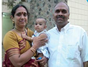 Vijay Siva with his wife Shyamala and daughter Kalyani.