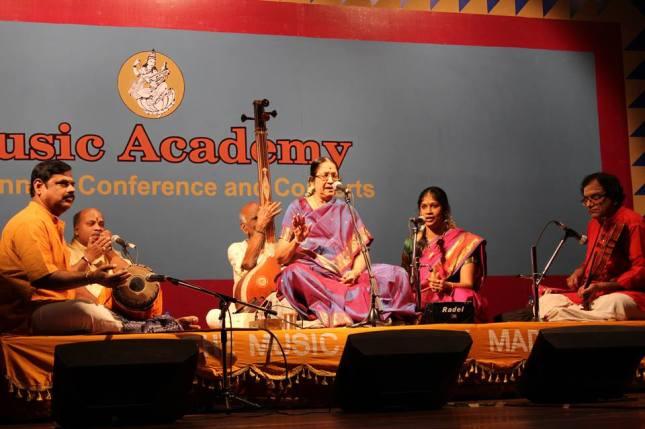 Dr Nanditha Ravi and Smt. Rama Ravi in concert at the Music Academy (December 2013), with Shri M.A. Krishnaswamy (Violin), Shri Trivandrum Vaidyanathan (Mridangam) and Shri Bangalore Rajasekhar (Morsing)