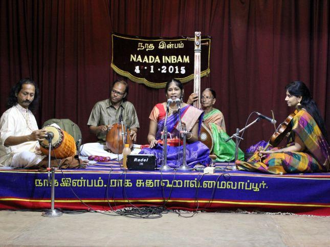 Nanditha Ravi in concert (January 2015) at Nada Inbam, with Smt. Padma Shankar (Violin), Shri J. Vaidyanathan (Mridangam) and Shri N. Guruprasad (Ghatam)