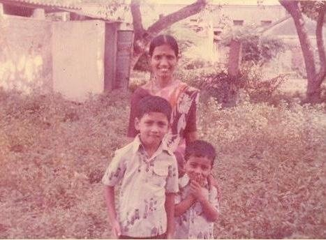 KVG with mom and brother K.V. Subramanian