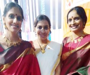 Krithika with gurus Smts Ranjani-Gayathri